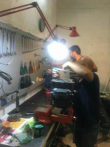جواد سبحانی تعمیرکار پمپ هیدرولیک کوماتسو